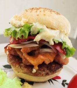Hamburger au poulet frit