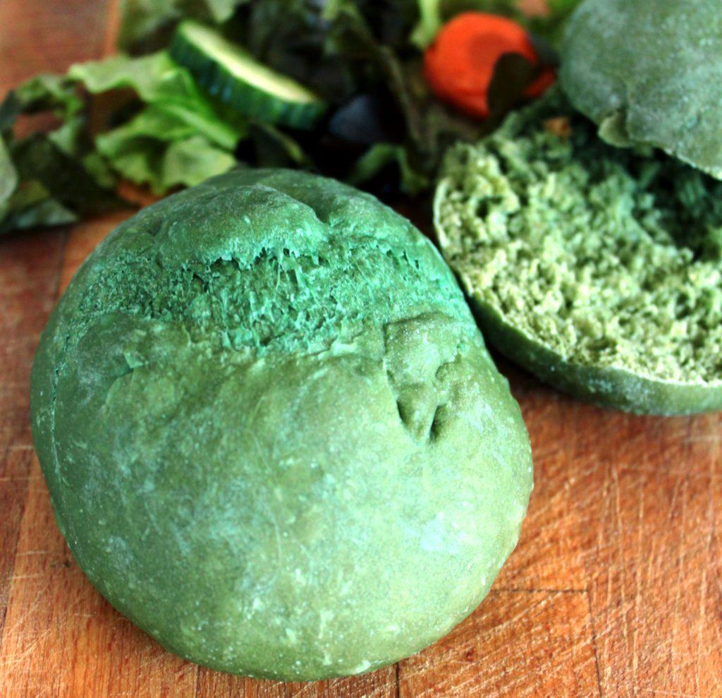 نان همبرگر جلبک دریایی اسپیرولینا