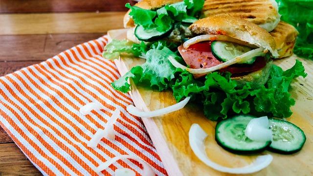 Un hamburger que de salade