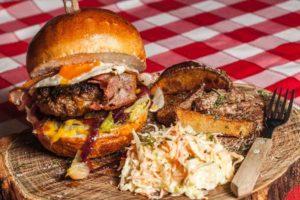 hamburger avec différentes viandes